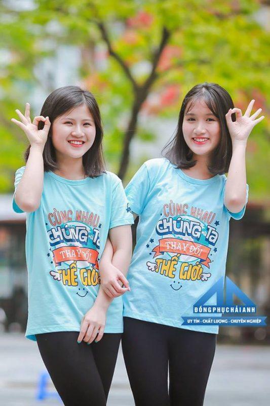Áo đồng phục lớp với slogan cực chất
