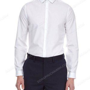Với một chiếc áo sơ mi nam công sở thì bạn không chỉ dừng lại ở việc sử dụng nó ở nơi làm việc, mà trên thực tế nó thừa tính thời trang để xuống phố, đi chơi hay cả là dự sự kiện.