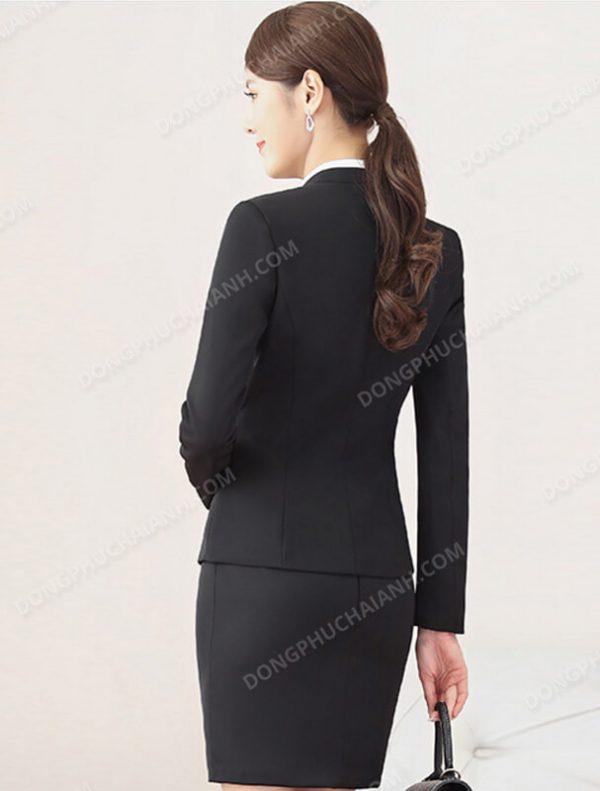 Mẫu đồng phục áo vest nữ công sở thu đông mặt sau