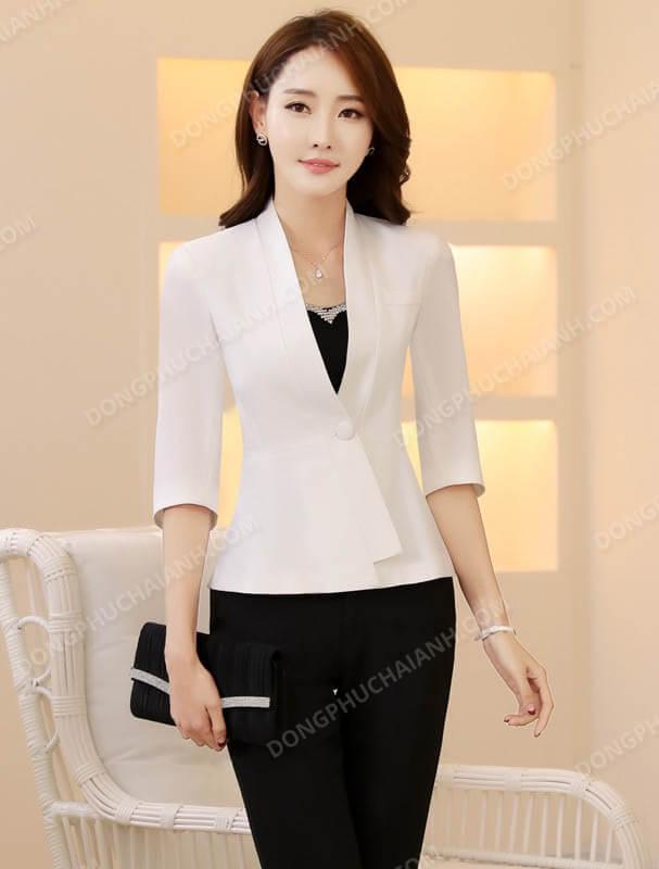 Mẫu đồng phục công sở mùa thu áo vest nữ